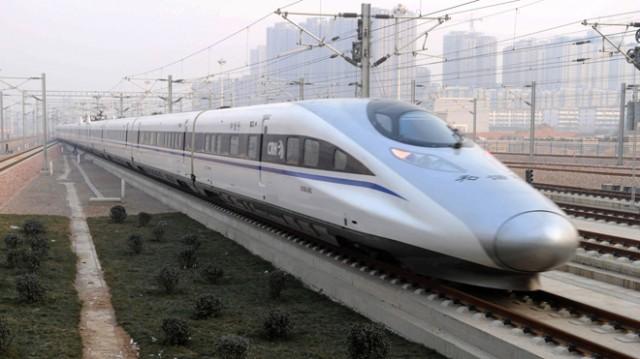 China presenta el tren bala mas largo del mundo.
